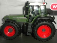 WEISE-TOYS   FENDT 824