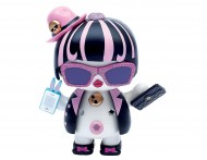 U Hugs, Bambola da Personalizzare Sassy Fashion con Accessori Attacca e Stacca di Giochi Preziosi