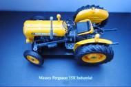 Universal    Hobbies    Massey Ferguson  x35  versione  gialla