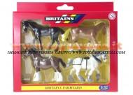 BRITAINS ACCESSORI PER MODELLISMO AGRICOLO ANIMALI SET CAVALLI DA LAVORO  SCALA 1/32 COD 40959