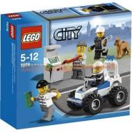 !!!!novita'!!!!LEGO CITY 7279 POLIZIOTTI E RAPINATORI (ultimo pezzo :confezione rovinata ma prodotto integro )
