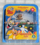 !!!! GIOCHI PREZIOSI TOM E JERRY !!! TOM and JERRY ACTION FIGURES  JERRY IN GARDEN FUN CON IL TAGLIAERBA BLISTER 2 PEZZI, COD CCP 15054