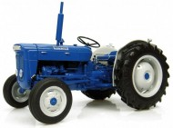 UNIVERSAL HOBBIES Fordson Super Dexta - Diesel 2000 - US Version [Codice 2902 - Scala 1:16   modellino in metallo