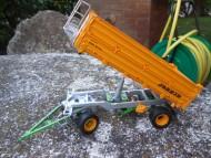 ROS-AGRITEK SCALA:1/32 TIPO:CARRO TRILATERALE JOSKIN TETRA-CAP 5025/12R100 modellino in metallo