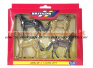 BRITAINS ACCESSORI PER MODELLISMO AGRICOLO ANIMALI SET CAVALLO PUROSANGUE  SCALA 1/32 COD 40957