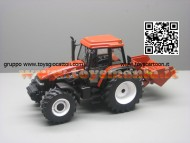 NOVITA' REPLICAGRI TRATTORE MODELLINO NEW HOLLAND M135 CON PALA E ACCESSORI  SCALA 1/32