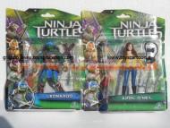 Nuovi personaggi tartarughe ninja tratto dal film in uscita a Settembre ! Offerta 2 personaggi APRIL O'NEIL e  LEONARDO cm 10 ninja turtles cod. 90850 Giochi Preziosi