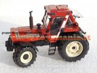 ROS-AGRITEK ARTICOLO: ROS-AGRITEK MODIFICATO SCALA: 1/32 TIPO: FIAT 1580 4WD  CON PARAFANGHI E TELAIO NERO cod 30147 ULTIMO PEZZO