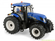 britains ertl New Holland T7.235 scala 1/32 13851