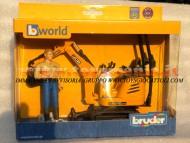 Bruder bworld JCB Micro escavatore 8010 CTS con figura personaggio omino con camicia marrone , altri modelli con lo stesso codice         [ cod 62002 ]