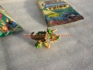 giochi preziosi nuovi dinofroz tribe popolo la tribù  dei cristalli acuminati personaggio petatriceratops cod7922