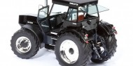 Schuco 07686 Deutz-Fahr DX 230 Limited Black Chrome Edition 1/32