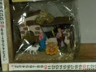 Millenium Christmas. Capanna completa con le statuine della sacra famiglia e una pecorella! cod. 364