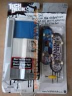 Preziosi Tech Deck U.S.A Miniskate con rampa Portaskate