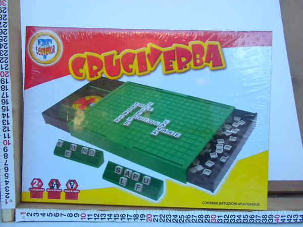 Gioco da tavolo cruciverba simile al noto scarabeo toys mania giocattoli - Scarabeo gioco da tavolo ...