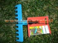 Rastrello giocattolo, accessorio da intercambiare con altri attrezzi della stessa ditta gardena
