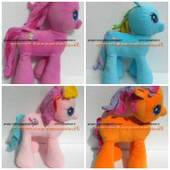 PELUCHE MY LITTLE PONY SET 4 PELUCHE RAINBOW DASH , Pinkie Pie , TOOLA ROOLA SCOOTALOO MIO MINI PONI CM 48 CIRCA (MISURA 5)