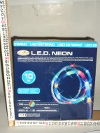 DUE ESSE CHRISTMAS TUBO A LED CON LUCI MULTICOLOR 10 MT   PER USO ESTERNO  COD 11