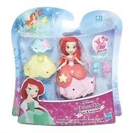 Disney Princess Ariel - Mini Bambola 8 cm + Accessori B5328-B5327 di Hasbro