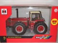 BRITAINS 42651 INTERNATIONAL 3588 2+2 TRACTOR