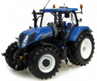 UNIVERSAL HOBBIES NEW HOLLAND T7.210 COD 2996 SCALA 1/32