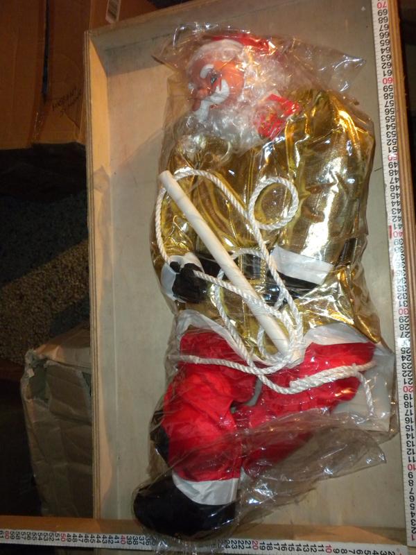 Babbo Natale 90 Cm.Babbo Natale Con Nuovo Vestito Color Oro Altezza 90 Cm Cod 55