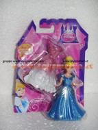 Principessa Cenerentola Disney con abito Magiclip  di Mattel X9405