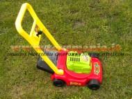 !!!! Tagliaerba rasaerba !!!! giocattolo semi professionale con movimento erba finta nella vaschetta  PER IMITARE IL PAPA O I NONNI NEI LAVORI DI GIARDINAGGIO