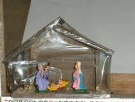 Millenium Christmas. Accessori e statuine per il tuo presepe. Capanna in legno con sacra famiglia. cod.339